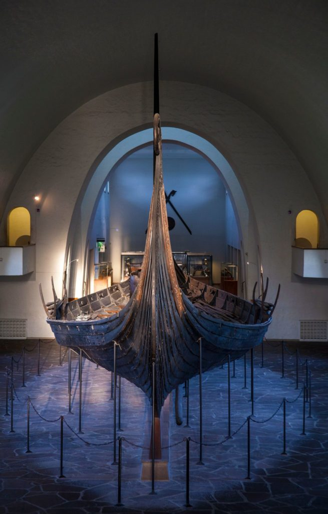 Skandynawski statek Wikingów Oseberg